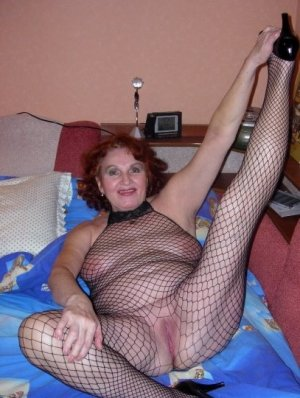 Halina highclass escort Munster, NI